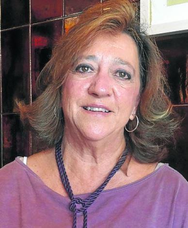 """Tosa Merodio presenta su libro """"Llanes descanso del alma""""."""